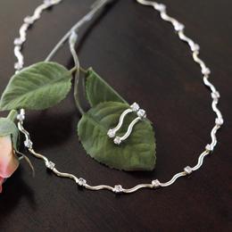 Contemporary Rhinestone Jewelry Set